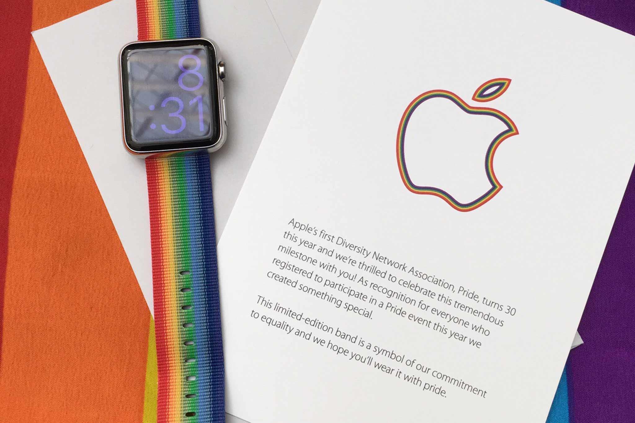 Apple、LGBTイベントでレインボーカラーのAppleWatchバンドをプレゼント