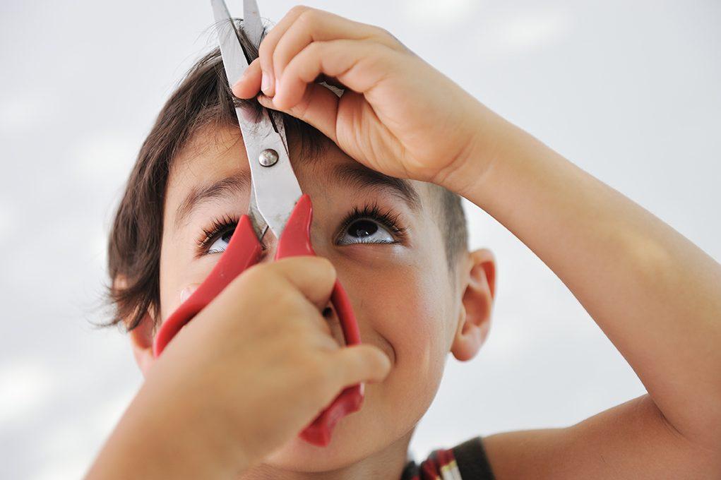 今年はバッサリとイメチェン?美容室で広がるヘアドネーション