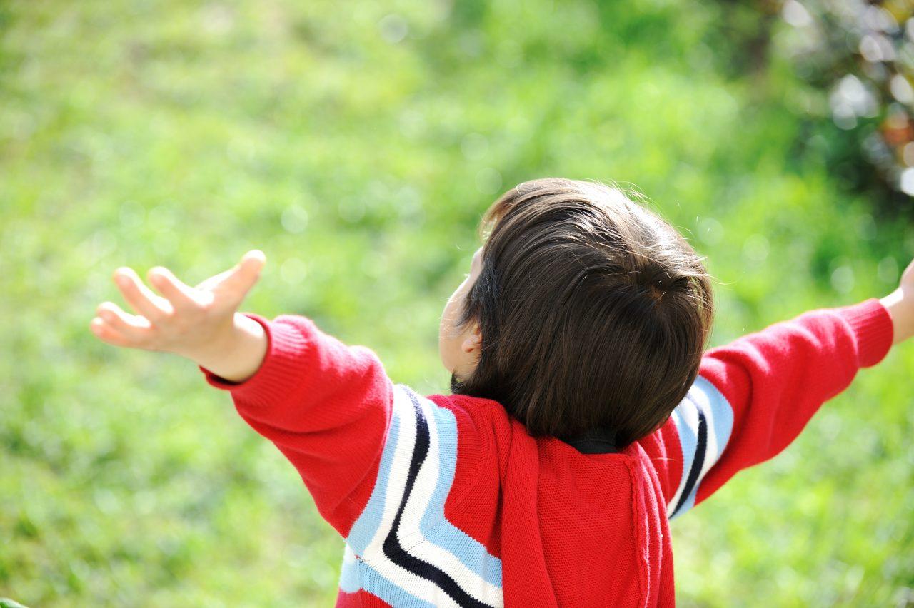 取り残される孤児たち。今はなき米露間の国際養子縁組制度が育んだ可能性をもう1度。