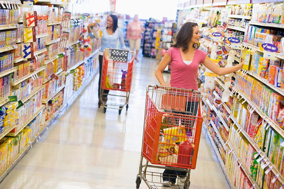買い物弱者の選択肢が拡大!自宅までの送迎サービスや移動販売車、訪問○○