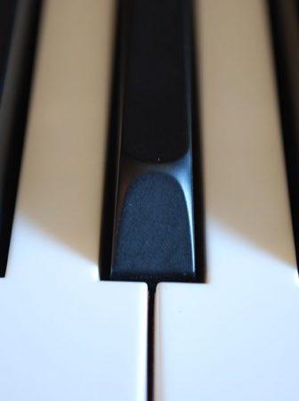 piano-keys_7yf_ge