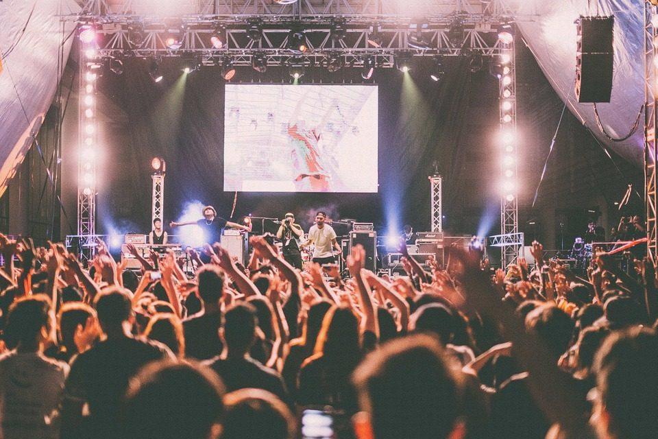 コンサートやライブ会場での持ち物検査はもっと厳しくならないのか?