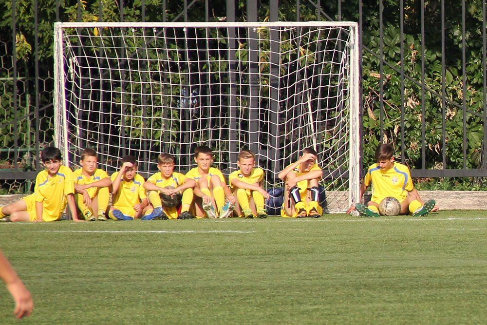サッカーで子供たちと一緒に入場する「エスコートキッズ」知っていた??