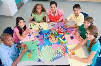 elementary-school-art-class-viewed-from-above_ry3xbtaass