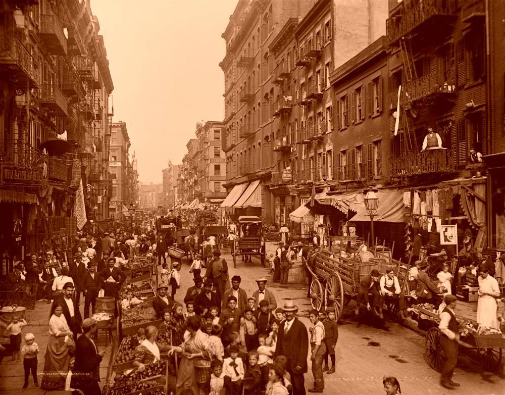 20世紀のあらゆる場面を切り取った写真をTwitterで!