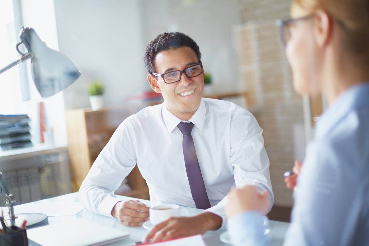 部下や女性社員に悩まされている方必見!楽に仕事の指示を与える方法