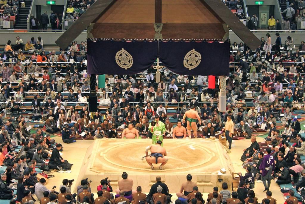 大相撲4横綱出場は期待はずれ。秋場所も3横綱が休場で開催!