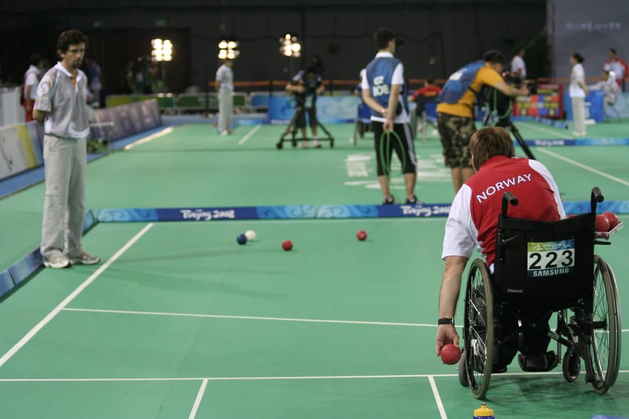 『ボッチャ』初体験、パラリンピックを100倍楽しく見るために!