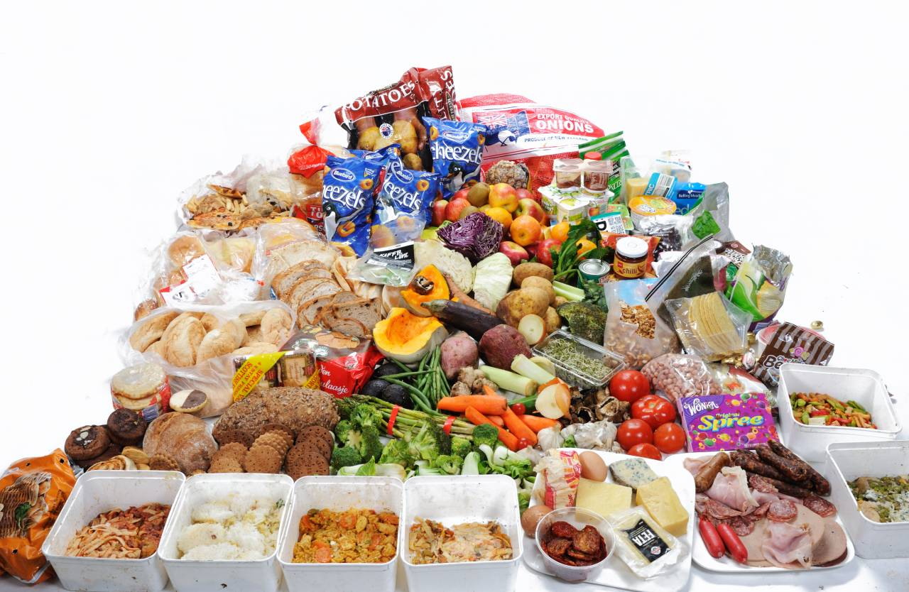 廃棄食品を救え!食品ロスを減らすおトクなサービス!