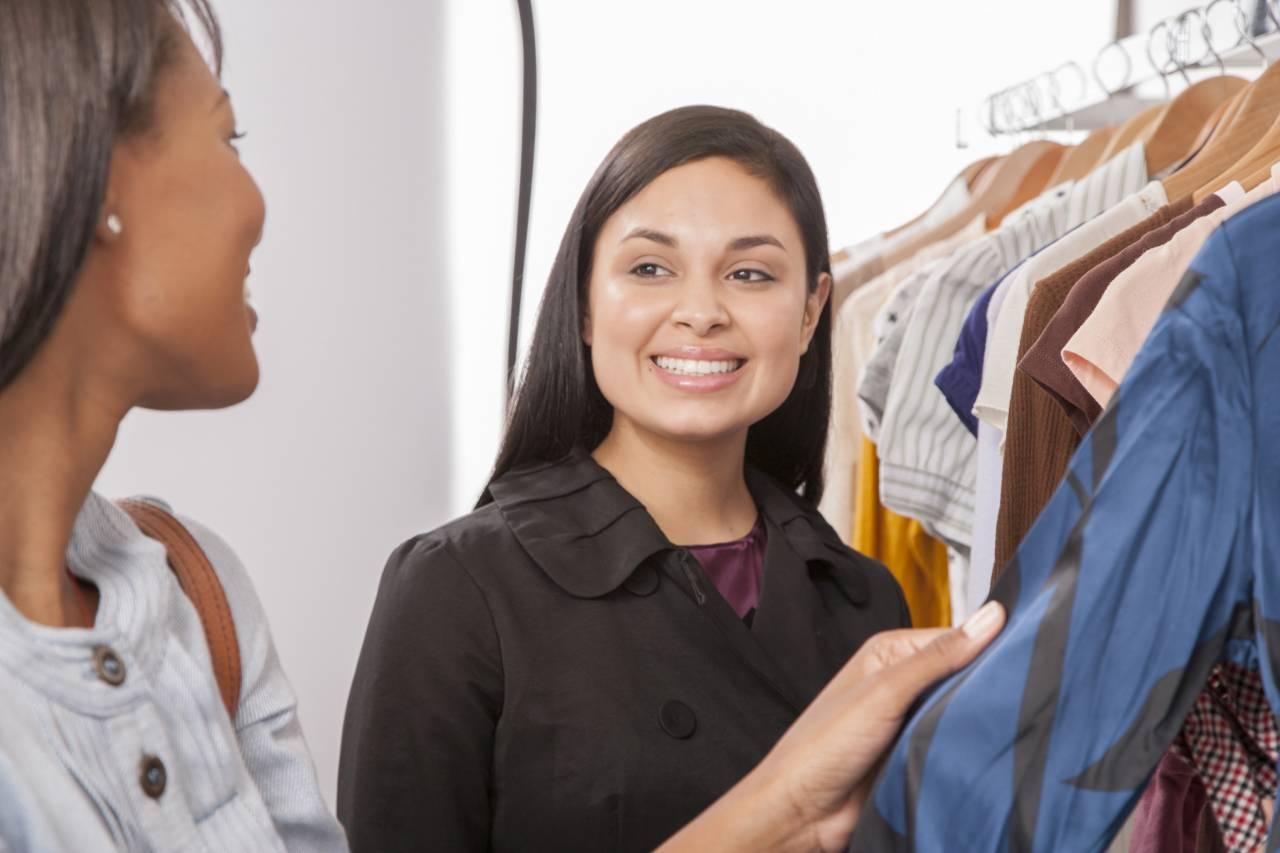 あえて服屋の店員さんと話してみたら、コミュ力 が高すぎる!