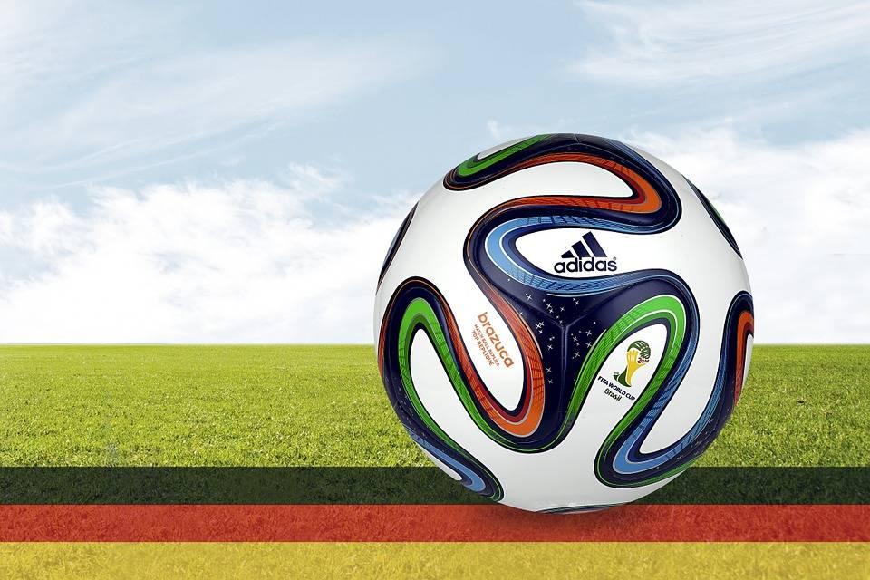 過去のサッカー日本代表ワールドカップの成績を見てみる…(1)