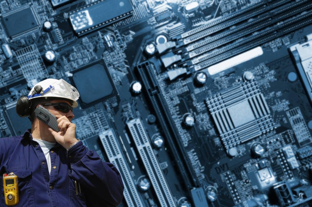 元大手企業のパソコンモニター修理経験者の体験談
