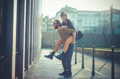 graphicstock-young-modern-stylish-couple-urban-city-outdoors_rgq0qsq-lw