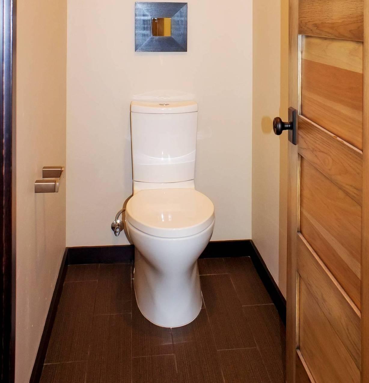 男性用トイレの小便器って、やりづらくないですか?