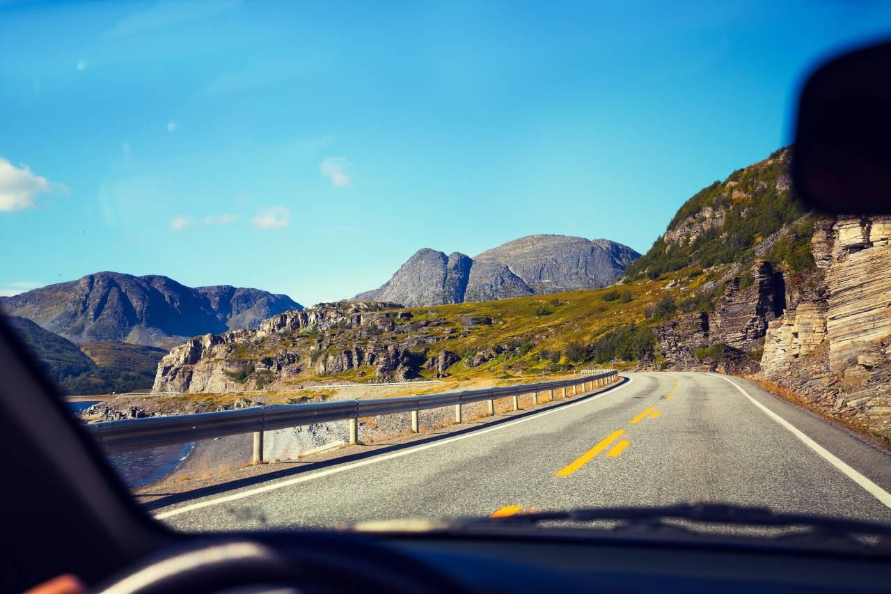 万が一のための車の防犯カメラ「ドライブレコーダー」の普及率が高い!