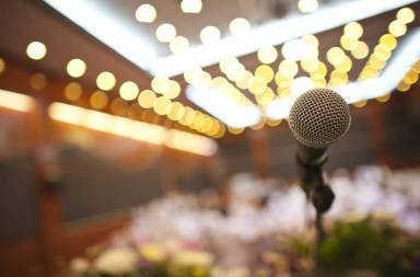 close-up-of-microphone-in-concert-hall-or-conference-room_bdlze9k_2fg