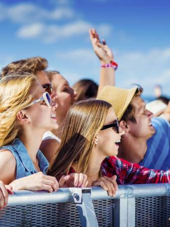 graphicstock-group-of-beautiful-teens-at-concert-at-summer-festival_breuc6tzb