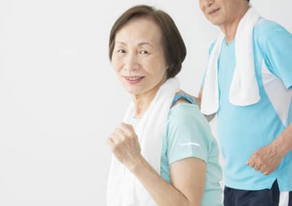 高齢者に優しい健康的なお買い物、モール公認ウォーキング