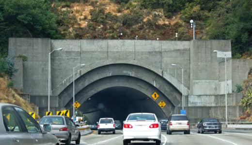 高速道路に24個も続くトンネル!以外と怖い!!