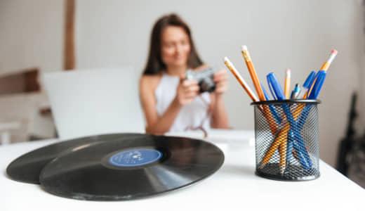 退屈なおうち時間。そんな時こそレコードに触れよう